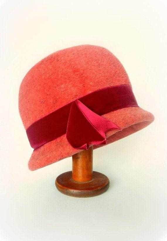 Vintage Italian Felt Hat Cloche Style