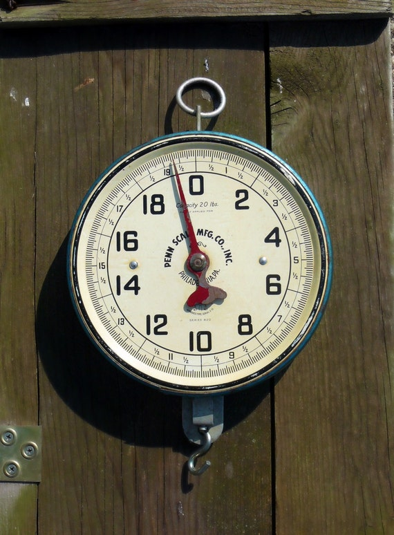 Vintage Penn Hanging Grocery Store Scale