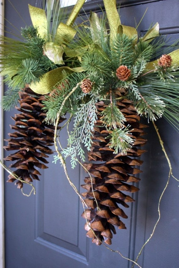 Natural sugar pine cone hanger for Large christmas pine cones