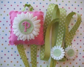 Monogramed Daisy Hairbow Holder
