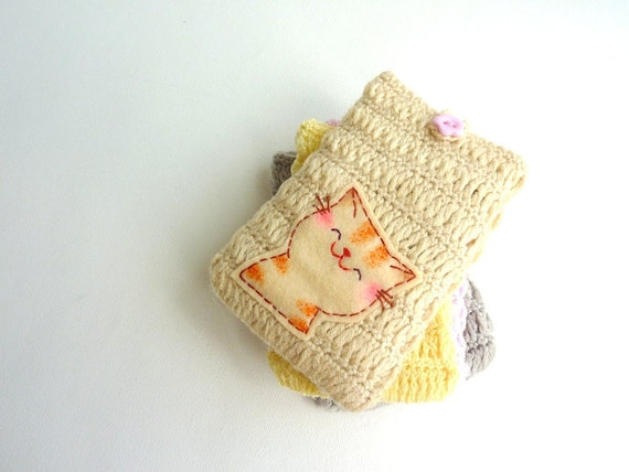 Smiling Cat iphone Sleeve