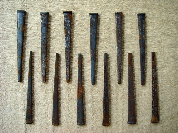 12 rusty vintage square nails for the altered or jewelry artist - no 122