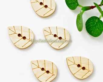 Wooden Buttons, Natural Color - Lovely Leaves (5 in a set)