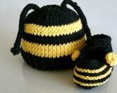 Cotton Newborn Baby Bee Set Hat and Booties yellow black-custom order