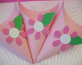 12 All's a Bloom Pink Party Candy Cones - Fully Assembled