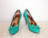 Spring Seafoam Green High Heels Pumps with Bow Detail Size 9