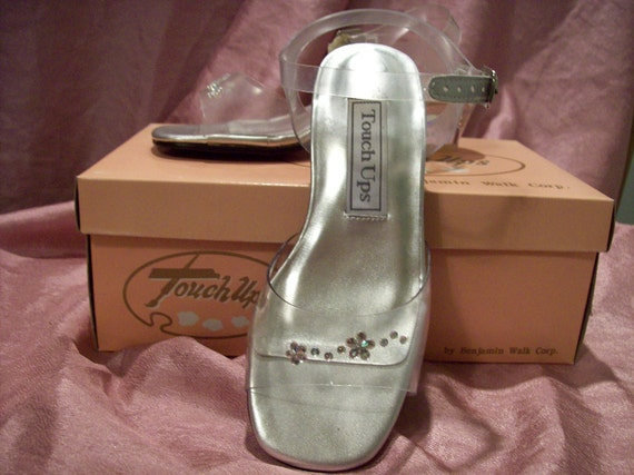 Little girls Clear Cinderella shoe with rhinestones and clear heel sandal formal flowergirl 11M