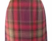 Pretty Purple Brown Pink Plaid Wool Miniskirt Size 4