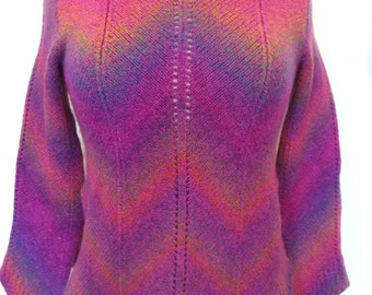 Clip Art Paris Space-Dyed Scalloped Edge Pink Turtleneck Sweater Size S