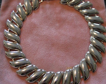 Silvertone Shiny S Link Costume Wide Necklace Collar