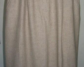 Bill Blass Blassport Oatmeal Cashmere Blend Skirt Size S
