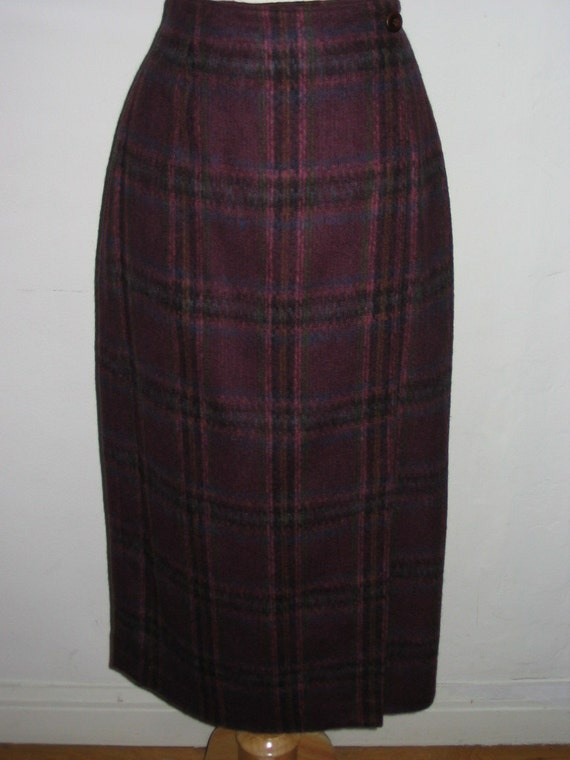 Liz Claiborne Lizsport Purple Plaid Soft Wool Wrap Skirt Size 4