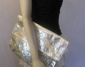 Vintage 80s Big Silver Abstract Clutch Purse