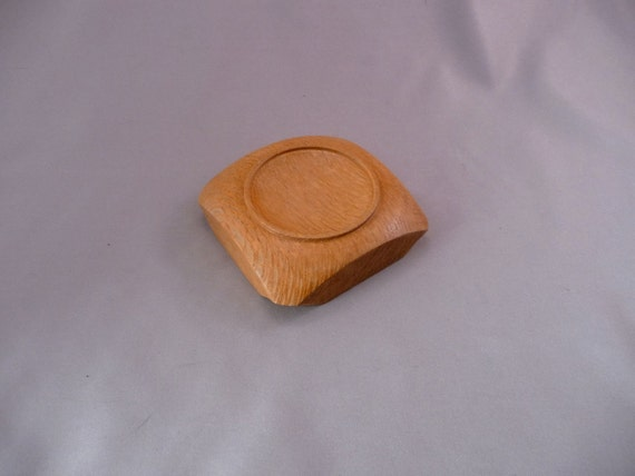 Lacewood supported spinning bowl