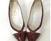 Vintage 70s Spectator Pumps Heels  White & Marbled TortoiseTwo Tone Joseph Shoes Spain, Size US 7 Women