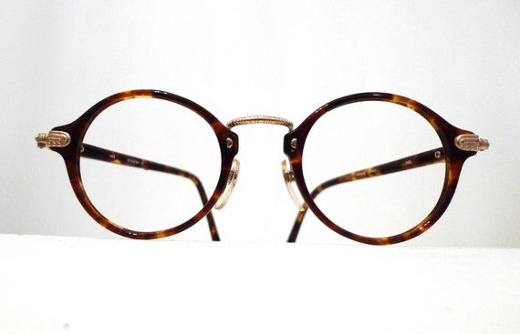 UNISEX 80s Does 20s Iconic Round Tortoise Shell Eyeglass Frames, Brown. Amber. George Burns. Sartre. Circular Kansai Sunglasses.