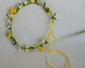 Flower Crown Daisy Hairpiece Wedding Bridal hair accessories Circlet Music Festival headwreath Yellow Green Flower girl Halo hippie headband