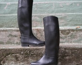70s RAIN BOOTS / Black Rubber equestrian Riding Boots, 6