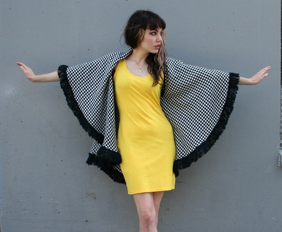 BLACK and WHITE Houndstooth Check Shawl Cape