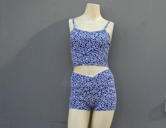 90s BIKINI PLAYSUIT / Blue & White Squiggle Short Set, xs-s