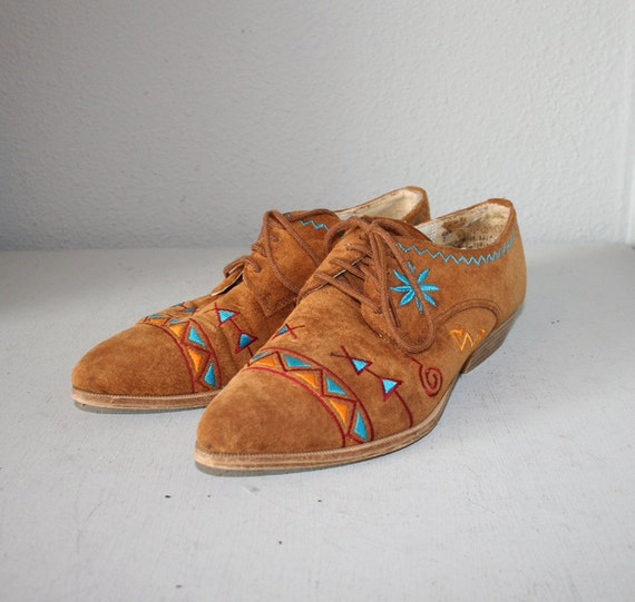 1980s OXFORDS / Native SW Embroidered Suede Shoes, 6