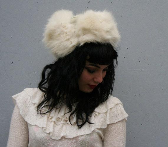 Vtg 80s FOX FUR HAT/ Fluffy White Arctic Fox & Leather Trapper Hat
