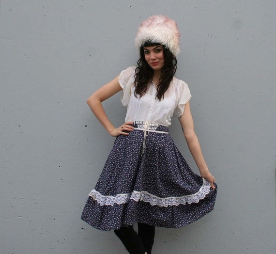1970s CORSET SKIRT / Gunne Sax Navy Blue & Purple Floral, s-m