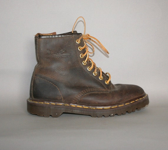 1980s DOC MARTENS / Distressed Brown Leather Boots, 8.5-9