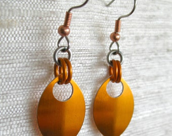 Single Leaf Chainmaille Earrings (Orange)