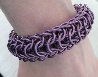 Lavender Oval Chainmaille Bracelet