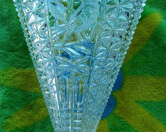 Hofbauer Crystal Fan Vace Vintage Bird Cut / Press Glass