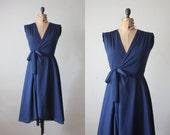 vintage 1970's dress - navy wrap dress