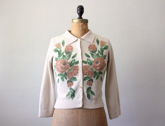 vintage 1950's floral print cardigan