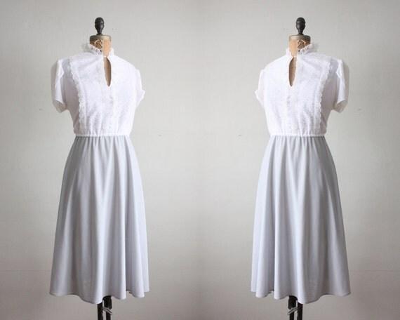 tuxedo dress - 1970s grey and white lace dress
