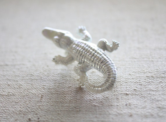 vintage crocodile brooch