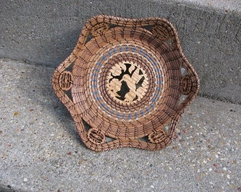 Hummingbird Wildlife Basket