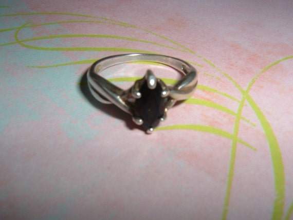 Vintage Sterling Silver Onyx Ring Avon Solitaire