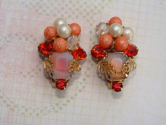 Vintage Kramer Earrings Leaves And Berries Glass Rhinestones
