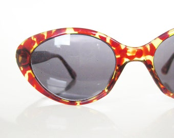 Vintage MAD MEN 1980s Cat Eye Sunglasses Glasses Eyeglasses Indie TORTOISESHELL Hipster Ladies Girls