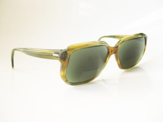 Vintage BAUSCH AND LOMB Green Faux Tortoiseshell Sunglasses 1970s Retro Hipster Frames Optical Eyewear