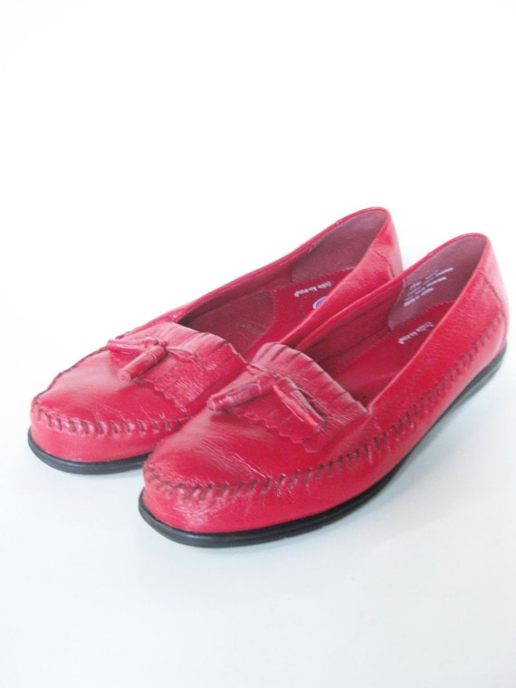 Vintage Cherry Red Loafers Flats 7 Half Womens Leather Tassel