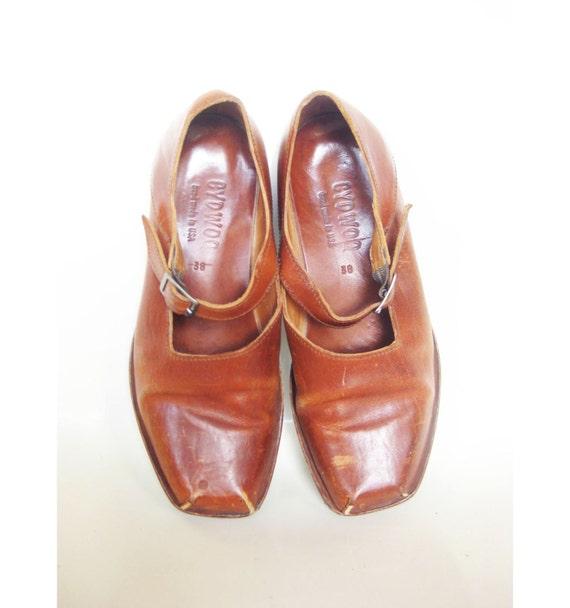 RESERVED Vintage 1980s Maryjanes // 80s HANDMADE Leather Mary Janes // 7 Half 38 Euro Uk 5 Aus 6 CARAMEL Leather Indie