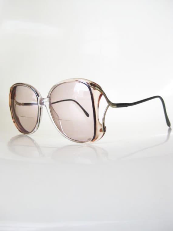 Vintage NEW WAVE Eyeglasses 1970s Sunglasses Luxxotica 70s APRICOT Avant Garde Oversized Womens