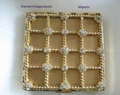 Vintage Compact   MAJESTIC Rhinestone   with original Dust Cover