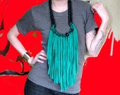 Green Fringe Chain Necklace