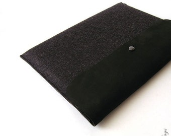 Macbook Pro  or Macbook Pro sleeve BLACK BASIC German felt with genuine leather sleeve