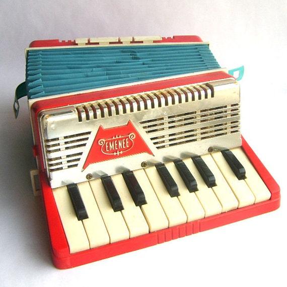 Vintage Toy Emenee Accordion