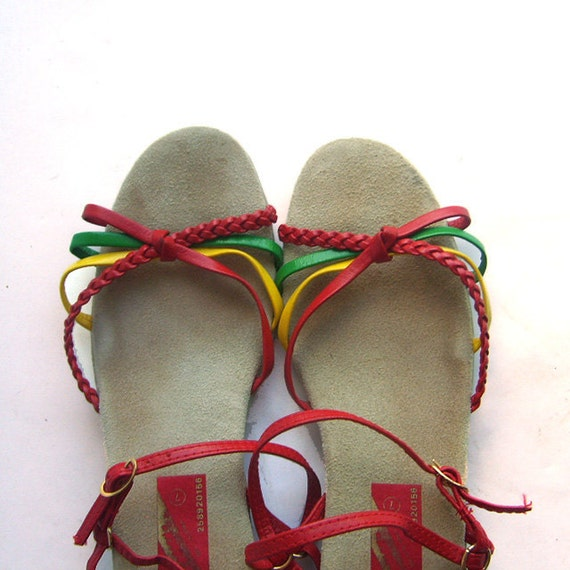 Strappy Summer Wedge Sandals in Stoplight Colors Size 7