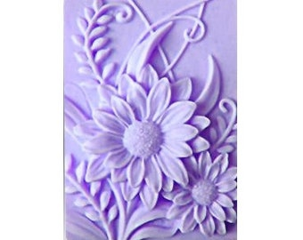 Daisy Soaps -  Organic Soaps -  Decorative  Soaps - Flower Soaps  - Glycerin Soaps - Moisturizing Soaps  - Essential Oil Lavender