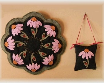Purple Coneflowers & Ladybugs Penny Rug/Candle Mat MAILED PAPER PATTERN